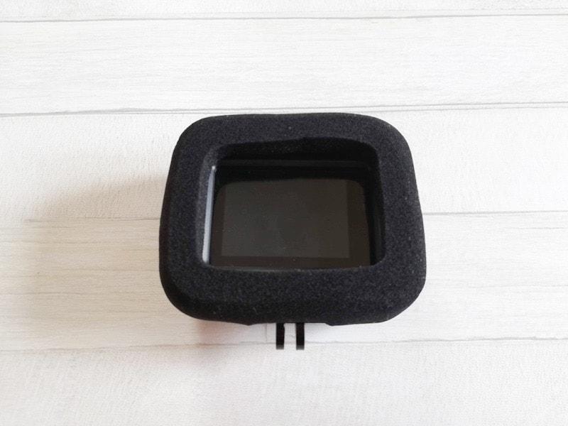 GoPro対応のActyGoの風防スポンジカバーの背面