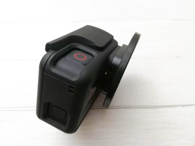 GoPro用Neewerのレンズアダプターを装着