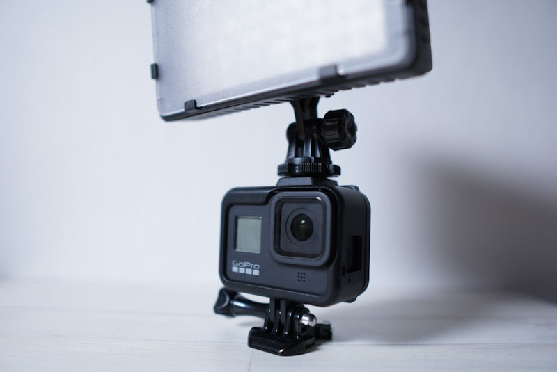 GoPro HERO8 Blackのフレームケースのアクセサリーシュー使用イメージ