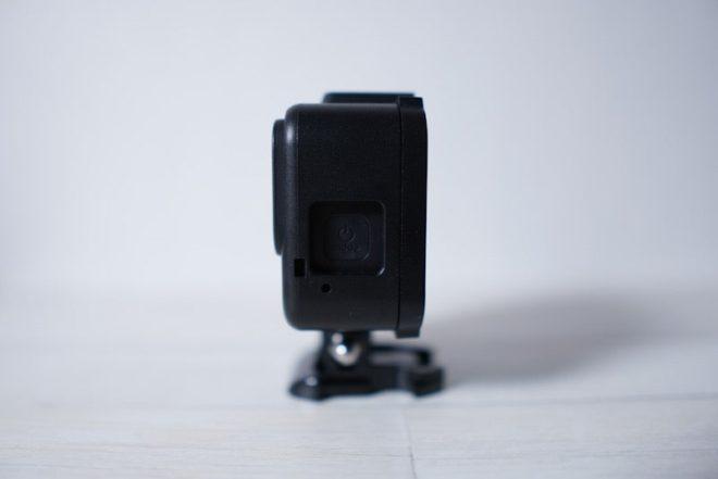 GoPro HERO8 Blackのフレームケースの電源ボタン部分