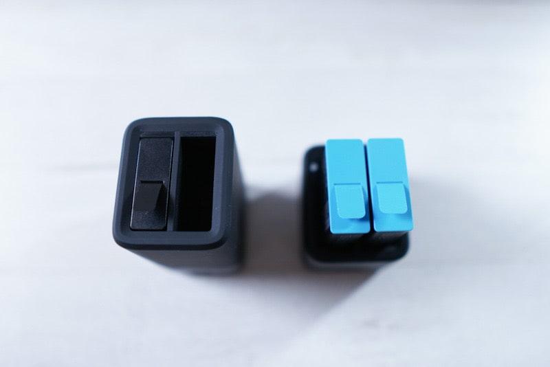 GoPro HERO9用のデュアルバッテリー充電器+バッテリーの比較