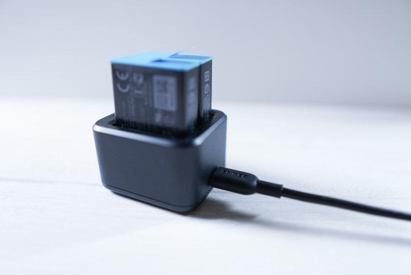 GoPro HERO9用のデュアルバッテリー充電器+バッテリーの給電