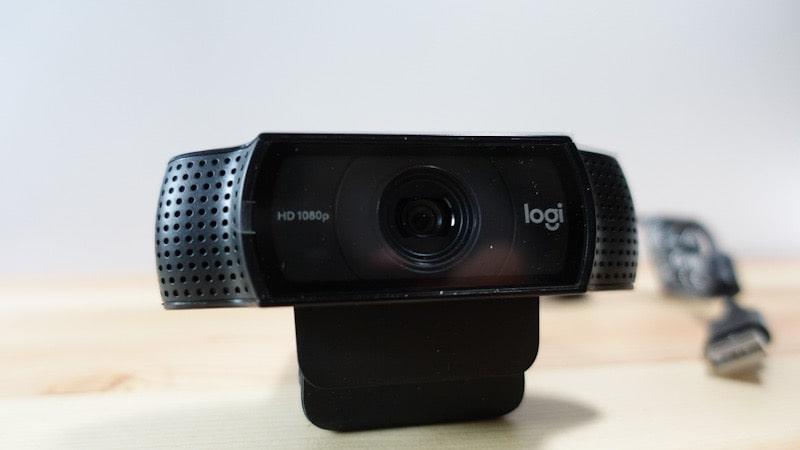 ロジクールのウェブカメラ『C920n』本体